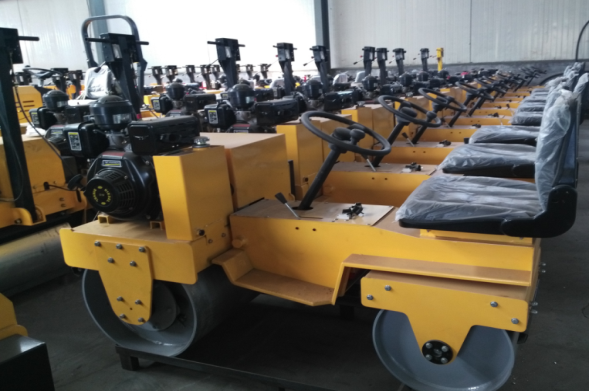 Whole machine area of road roller